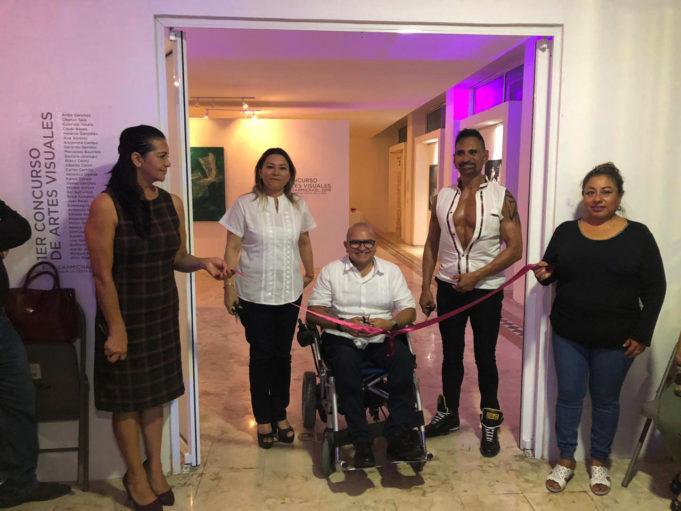 Se inaugura galería con 33 obras del primer concurso de Artes Visuales.