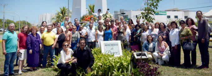 Algarabía y festejos por los 49 aniversario de Cancún