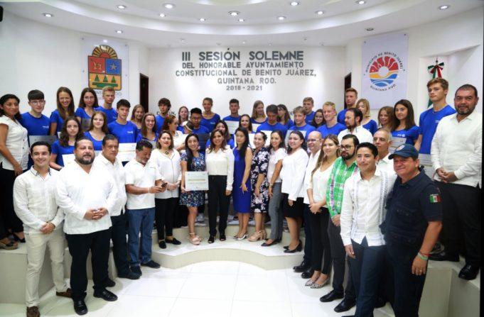 Bienvenida da Mara a jóvenes de 15 países de Rotary International