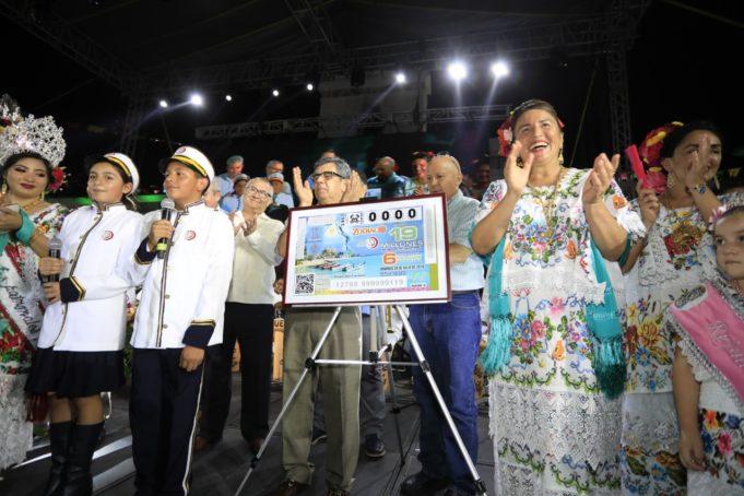 En billetes de lotería nacional se promociona imagen de Solidaridad
