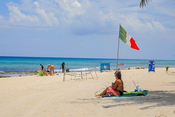 Playa del Carmen alcanza buena ocupación pese al sargazo.
