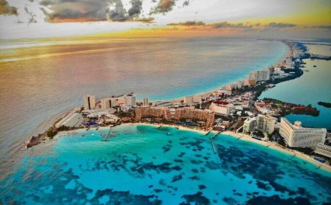 Se estanca la llegada de turistas y la ocupación hotelera en Cancún